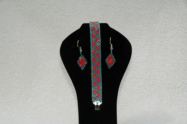 Teal Green & Sunset Red With Matching Earrings