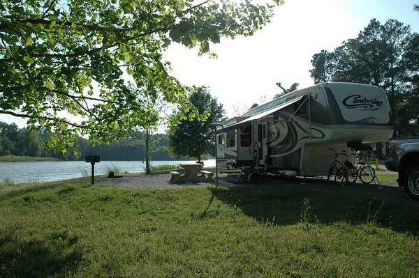 Campgrounds in georgia with full hookups near