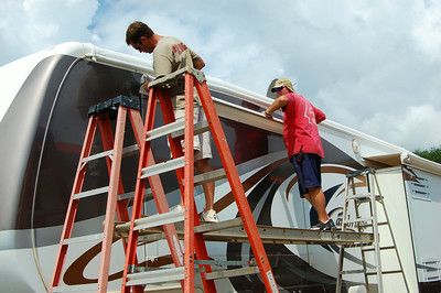 Rv Dreams Journal Awning Replacement Begins Knoxville Tn